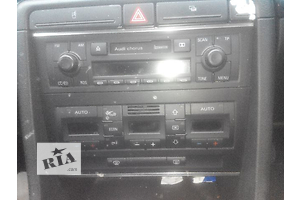 б/у Антенна/усилитель Audi A4