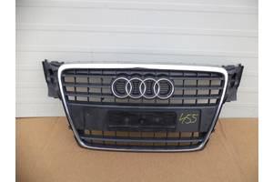 б/у Решётка радиатора Audi A4
