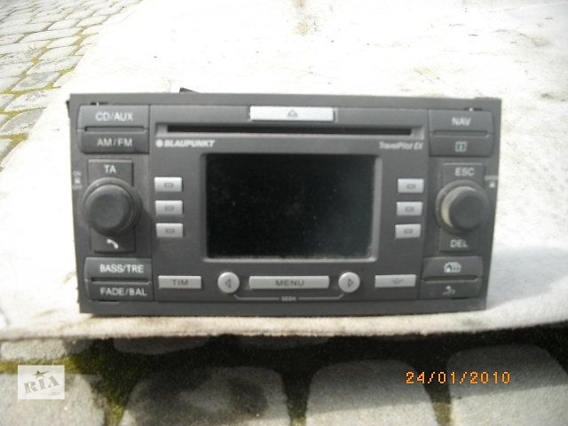 продам Б/у автомагнитола для легкового авто Ford Focus 2006 бу в Львове