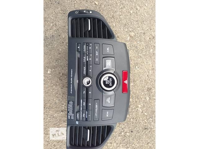 продам Б/у автомагнитола для легкового авто Honda Accord бу в Киеве