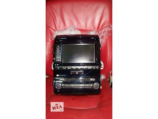 продам Б/у автомагнитола для легкового авто Toyota Land Cruiser 200 бу в Киеве