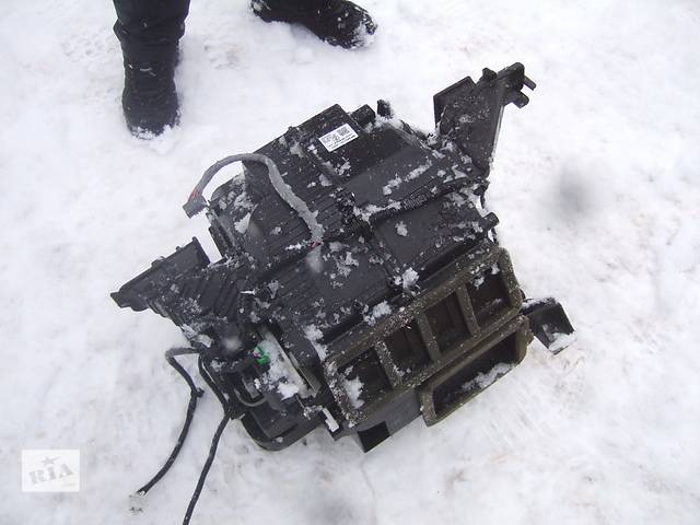 продам Б/у автономная печка для легкового авто Honda CR-V бу в Ровно
