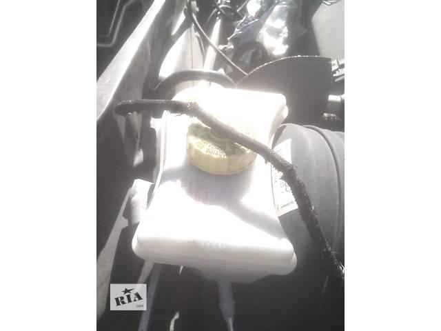 продам Б/у бачок главного тормозного для седана Audi A6 бу в Ивано-Франковске