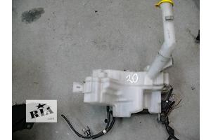 б/у Бачок омывателя Mazda 5