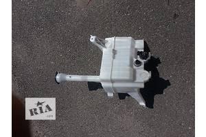 б/у Бачки омывателя Toyota Camry