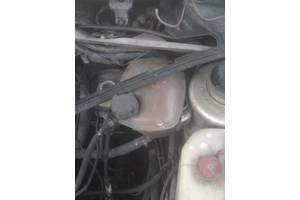 б/у Бачки расширительные Volkswagen Jetta