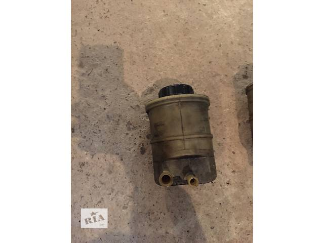 Б/у бачок жидкости гу для легкового авто Renault Kangoo -09- объявление о продаже  в Ужгороде