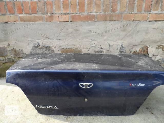 купить бу Б/у багажник для седана Daewoo Nexia в Бердичеве