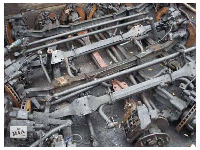 бу Б/у балка передней подвески для грузовика Mercedes в Калуше
