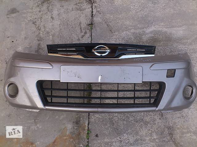 купить бу Б/у бампер передній для хетчбека Nissan Note в Ровно