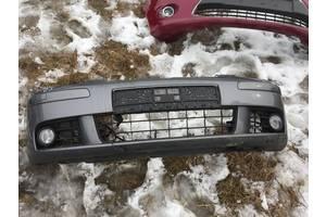 б/у Бампер передній Volkswagen Golf V
