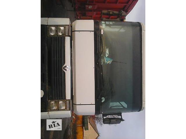 продам Б/у бампер передний для грузовика Renault Magnum 2001 бу в Киеве
