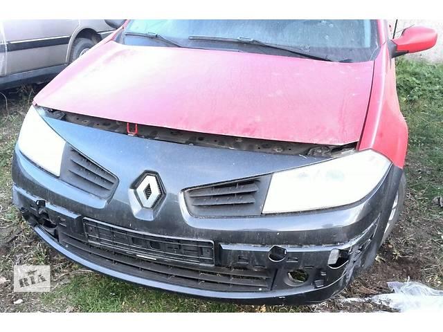 бу Б/у бампер передний для хэтчбека Renault Megane Hatchback 5D 2006г в Киеве