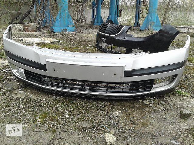 купить бу Б/у бампер передний для хэтчбека Skoda Octavia A5 в Львове