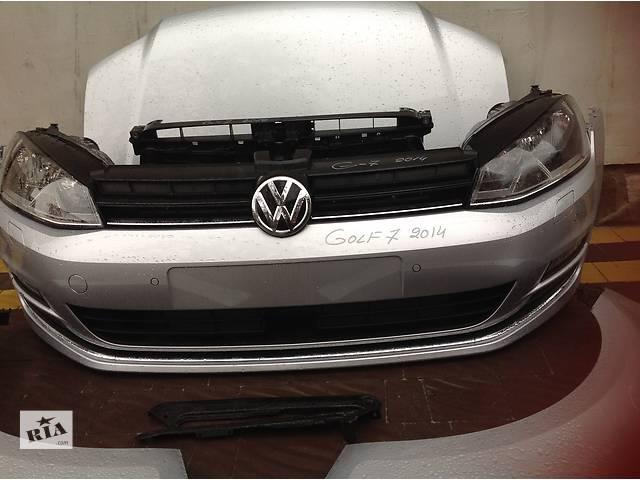 купить бу Б/у бампер передний для хэтчбека Volkswagen Golf VII в Львове