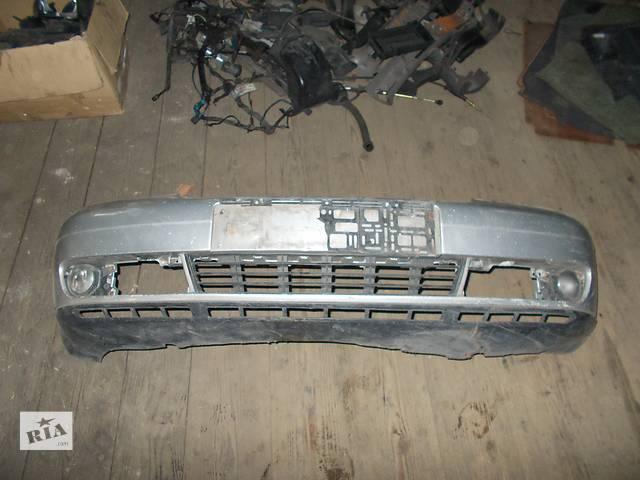 продам Б/у бампер передний для легкового авто Audi A4 бу в Стрые