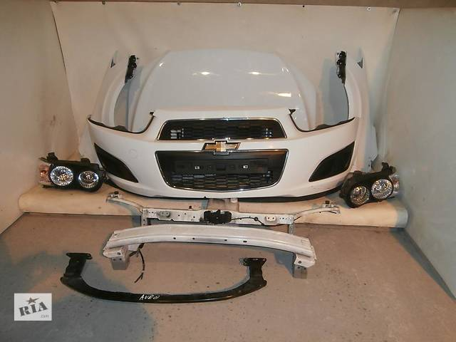 купить бу Б/у бампер передний для легкового авто Chevrolet Aveo в Здолбунове