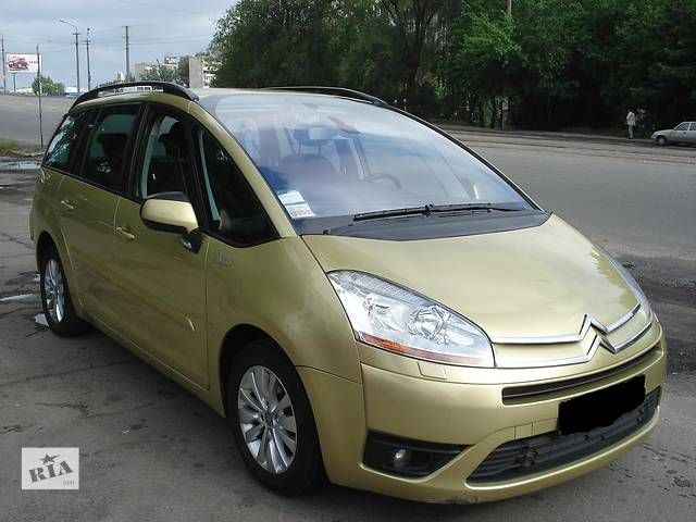 продам Б/у бампер передний для легкового авто Citroen C4 Picasso бу в Днепре (Днепропетровске)