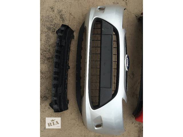 бу Б/у бампер передний для легкового авто Ford Fiesta в Киеве