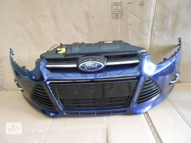 купить бу Б/у бампер передний для легкового авто Ford Focus в Чернигове