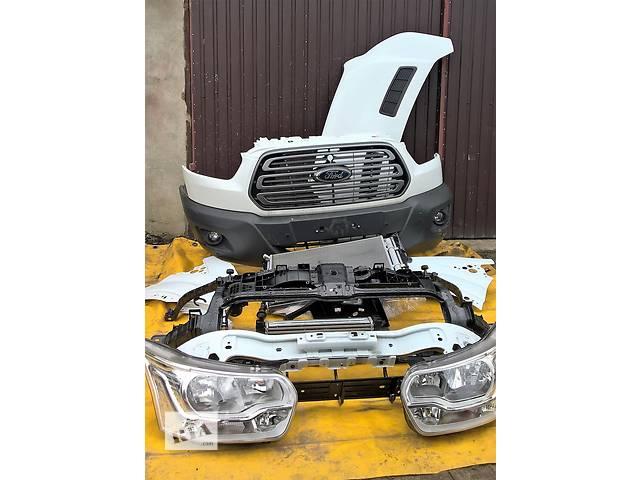 Б/у бампер передний для легкового авто Ford Transit- объявление о продаже  в Ровно