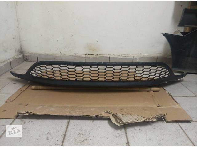продам Б/у бампер передний для легкового авто Honda Civic Hatchback бу в Львове