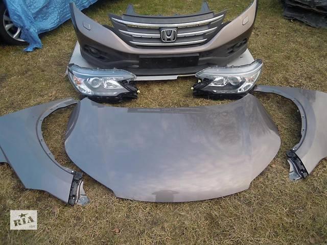 купить бу Б/у бампер передний для легкового авто Honda CR-V в Здолбунове
