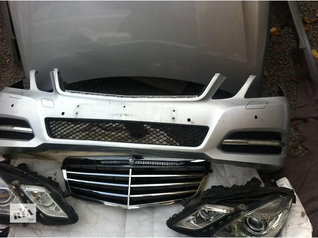 бу Б/у бампер передний для легкового авто Mercedes E-Class в Ровно