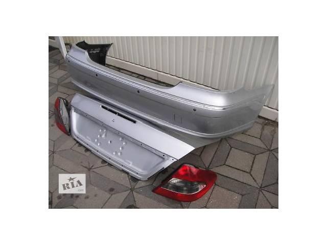 бу Б/у бампер передний для легкового авто Mercedes E-Class в Львове