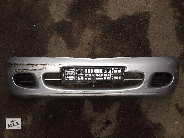 купить бу Б/у бампер передний для легкового авто Mitsubishi Carisma MB885081 в Луцке