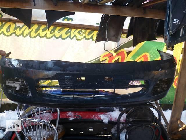 продам Б/у бампер передний для легкового авто Mitsubishi Carisma бу в Черновцах