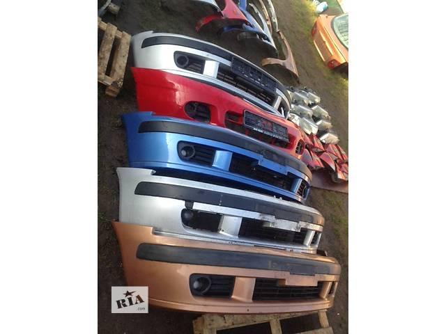 продам Б/у бампер передний для легкового авто Mitsubishi Carisma бу в Захарьевке (Одесской обл.) (Фрунзовка)