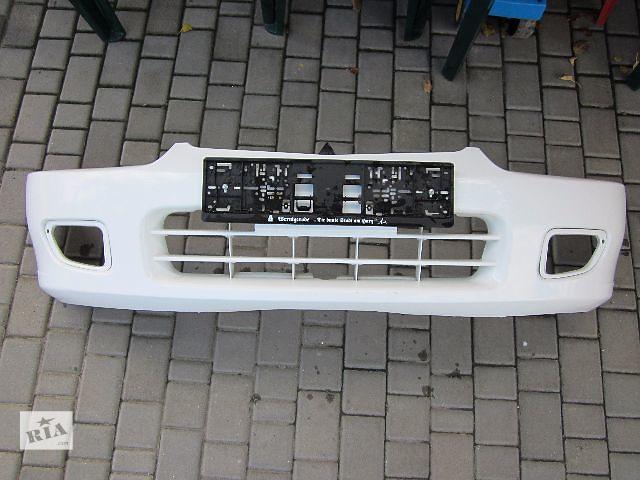 бу Б/у бампер передний для легкового авто Mitsubishi Colt 1996-2003 в Киеве