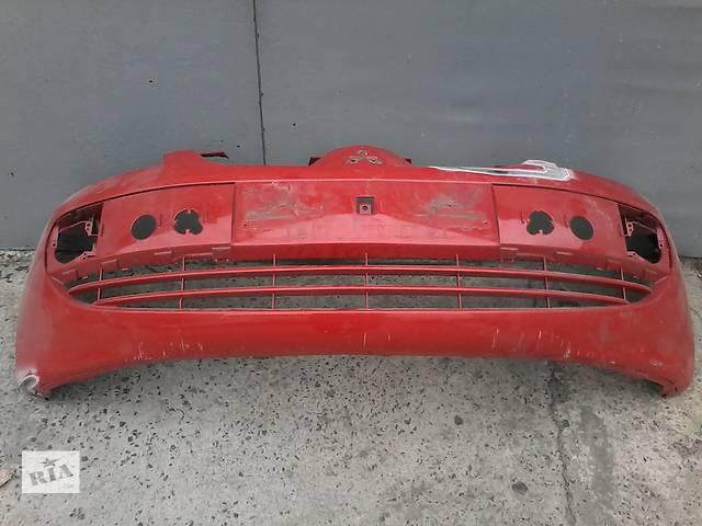 купить бу Б/у бампер передний для легкового авто Mitsubishi Colt в Киеве