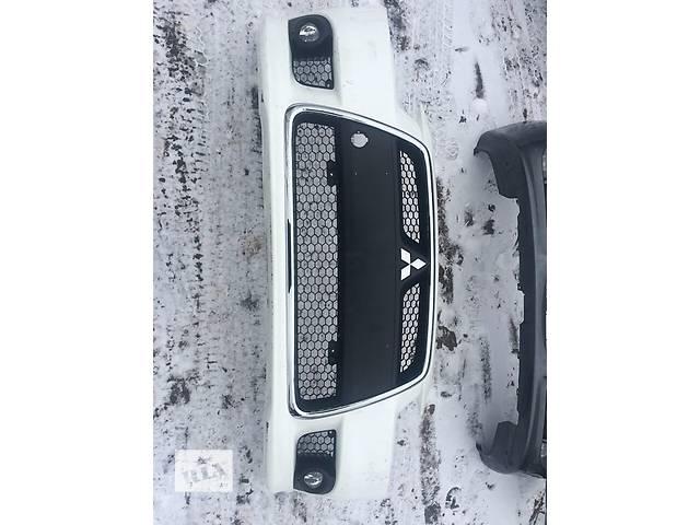 бу Б/у бампер передний для легкового авто Mitsubishi Lancer X в Киеве