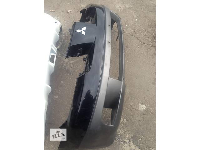 продам Б/у бампер передний для легкового авто Mitsubishi Outlander бу в Ровно