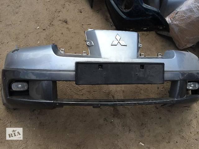 купить бу Б/у бампер передний для легкового авто Mitsubishi Outlander в Киеве