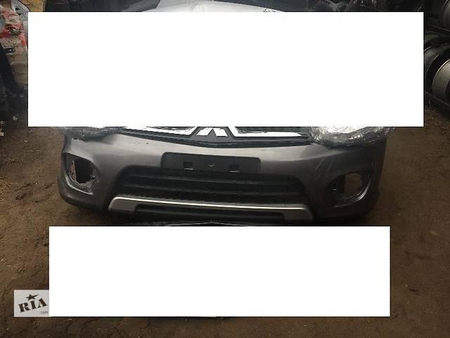 купить бу Б/у бампер передний для легкового авто Mitsubishi Pajero Sport в Киеве