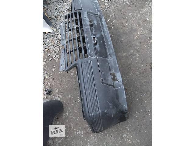 бу Б/у бампер передний для легкового авто Opel Kadett в Ровно