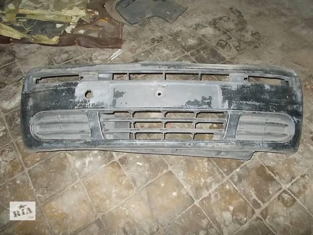 Б/у бампер передний для легкового авто Opel Vivaro- объявление о продаже  в Стрые