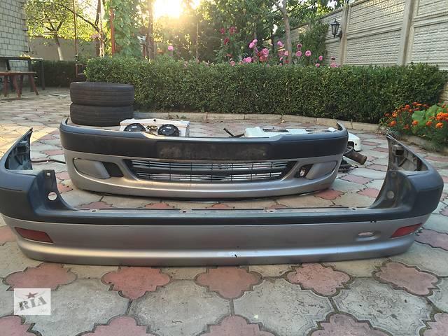 бу Б/у бампер передний для легкового авто Peugeot 306 в Ковеле