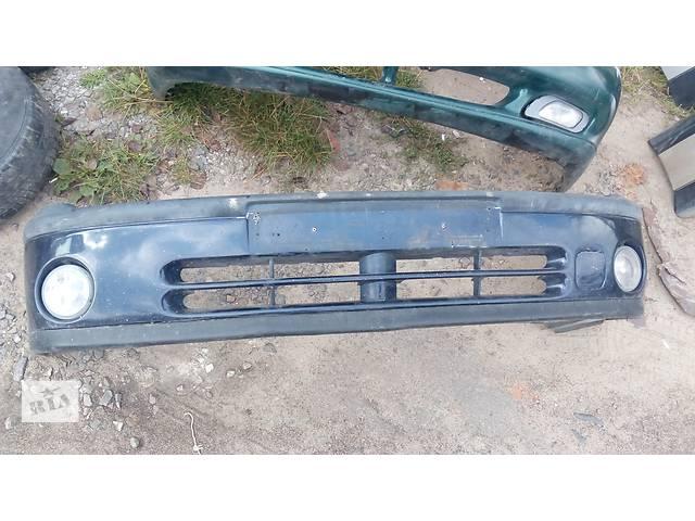 продам Б/у бампер передний для легкового авто Renault Laguna бу в Луцке