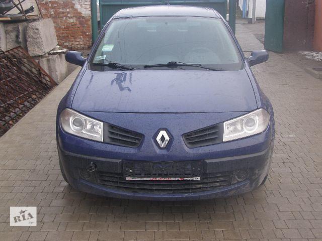 Б/у бампер передний для легкового авто Renault Megane 2006- объявление о продаже  в Новой Каховке