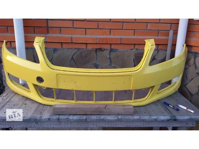 купить бу Б/у бампер передний для легкового авто Skoda Fabia 2 в Киеве