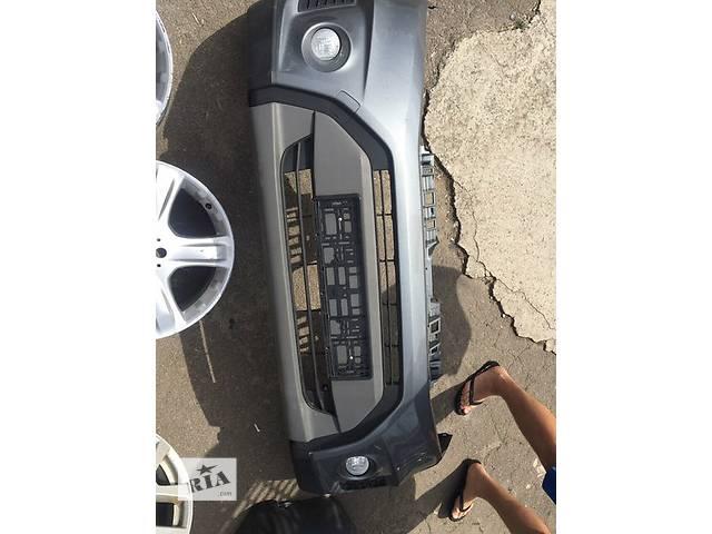 продам Б/у бампер передний для легкового авто Suzuki Grand Vitara бу в Ровно