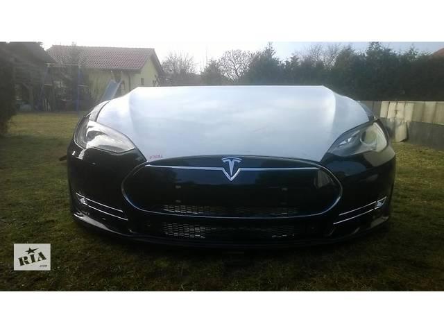 бу Б/у бампер передний для легкового авто Tesla в Ровно