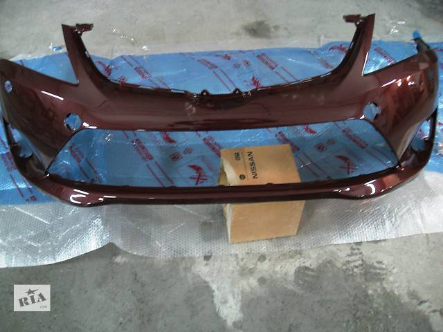 продам Б/у бампер передний для легкового авто Toyota Avensis бу в Киеве
