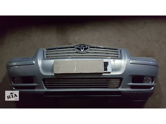 бу Б/у бампер передний для легкового авто Toyota Avensis в Ровно