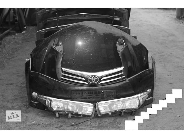 купить бу Б/у бампер передний для легкового авто Toyota Corolla в Здолбунове
