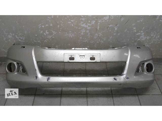 Б/у бампер передний для легкового авто Toyota Hilux 2012-- объявление о продаже  в Львове